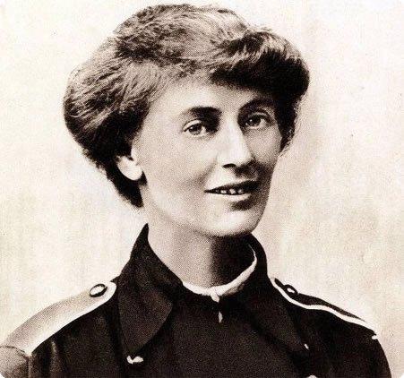 Constance Markiewicz, Irish republican fighter.